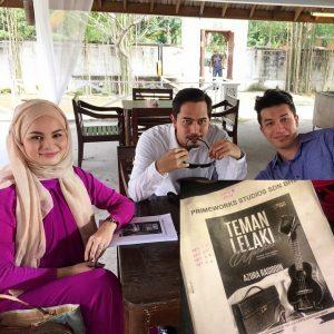 Teman Lelaki Upahan [Slot Akasia TV3]