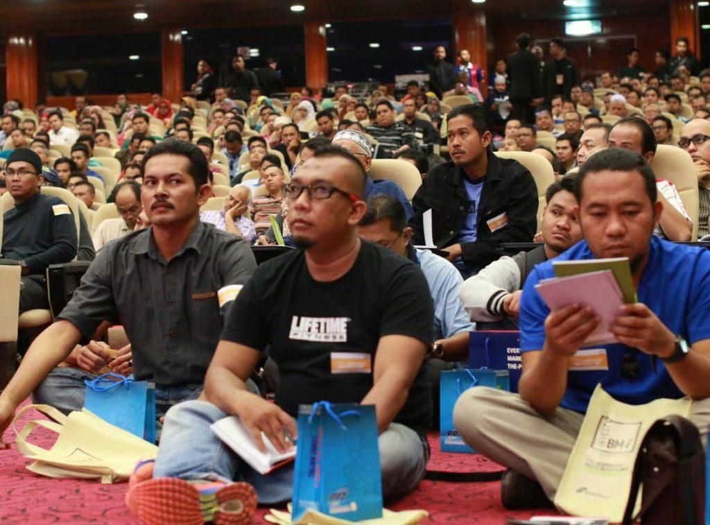 Seminar Labur Saham Mega