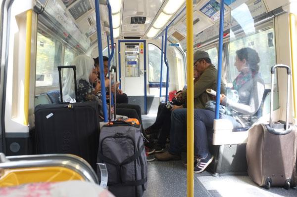 Transportation dan wifi di kota london