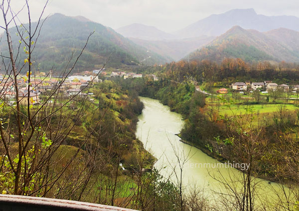 Pengalaman memandu di Bosnia